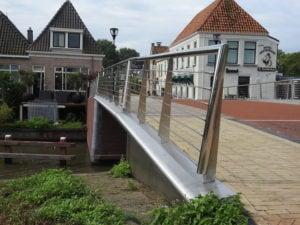 RVS staalkabels als spankabels verwerkt in Saakstra's Brêge Franeker