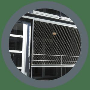 Afbeelding van RVS frames voorzien van RVS staalkabelnet