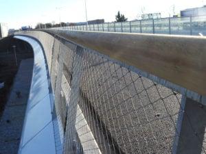 Lange lijnen en rondingen RVS staalkabelnetten Maximabrug