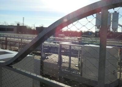 Ronde kanten in RVS staalkabelnet Maximabrug
